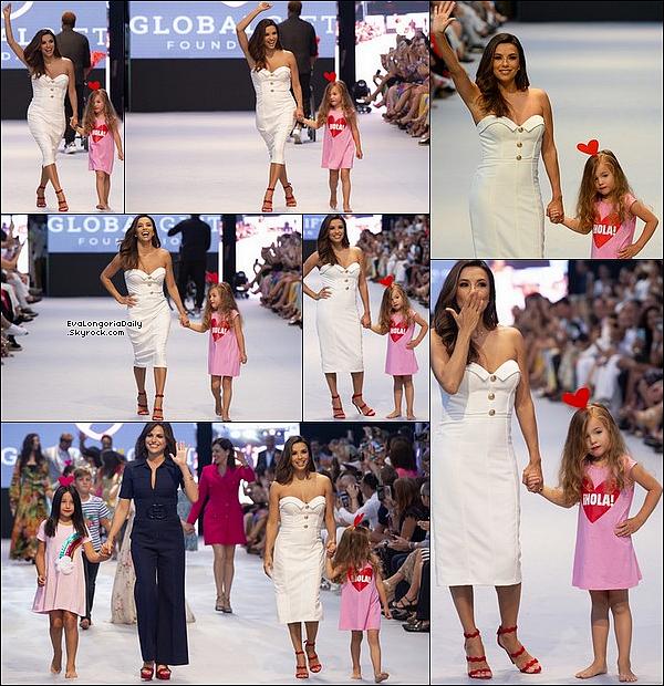 • 11 Juillet 2o19 •  - Marbella, Espagne. ⭐ Eva a participé au « Marbella Fashion Show » avec des amis. Tenue: Escarpins Prada à 7o5¤.
