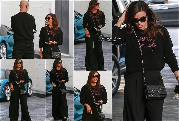 • 22 Novembre 2o19 •  - Beverly Hills, Etats-Unis. 🍴 Puis, Eva est allée au « Avra Estiatorio Restaurant » ainsi que dans une « Boutique Dolce&Gabbana ». Tenue: Sac Hermès à 37950¤.