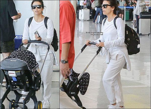 • o4 Janvier 2o2o •  - Los Angeles, Etats-Unis. ✈️ Eva & Santiago ont été vus à « LAX Airport ».