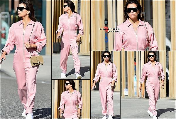 """• 13 Janvier 2o2o •  - Los Angeles, Etats-Unis. ⭐ Eva est allée à « The Boyle Heights Arts Conservatory » pour le lancement de """"LA Collab"""". Tenue: Bottes Victoria Beckham à 1ooo¤."""