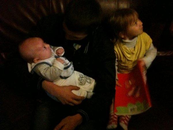 Encore moi avec mon petit cousin et ma petite cousine