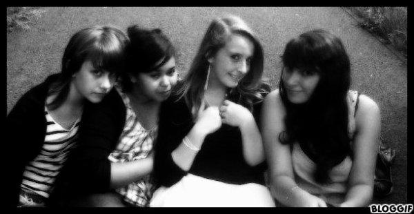 Les meufs ♥.Chloé , Sara , Moa & Sahra..♥