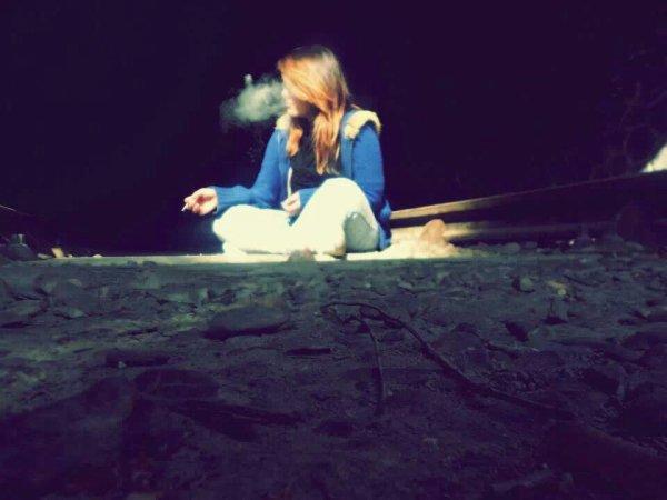 La solitude ne me dérange plus, avec la drogue on s'amuse mieux.