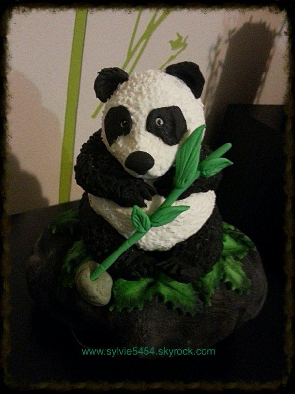 Commande d un panda en Pte a sucre pour mettre sur un gateau d anniversaire