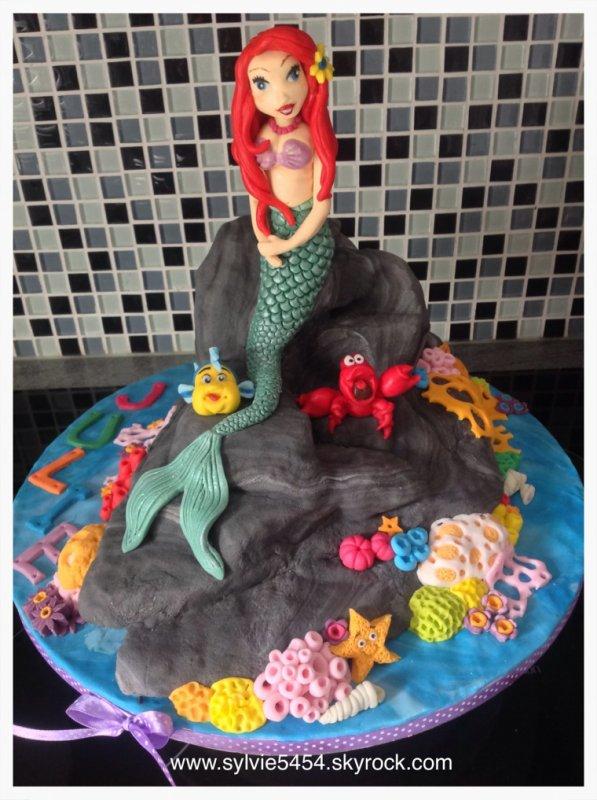 Commande pour une petite fille de 4 ans fan de la petite sirene