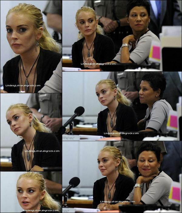 88  23/02/1188 Lindsay s'est rendue au tribunal concernant l'affaire du bijou. 88 LiLo avait de nouveau rendez-vous avec la justice, mercredi. Elle devra d'ici là décider si elle accepte un compromis actuellement négocié avec le ministère public ou si elle tente sa chance lors d'un procès. « Quelque chose me dit que vous n'avez pas l'intention d'accepter un accord », a dit le juge, alors que l'actrice clame toujours son innocence et que le procureur estime, selon TMZ, qu'un passage par la case prison, pour six mois, est indispensable.« Si vous choisissez le procès, sachez que vous serez traitée comme n'importe quel autre citoyen », a conclu le juge. Le juge lui a donné un nouveau rendez-vous, fixé au 10 mars... 80LIHa0.u10KY088.008 Et toi, qu'en penses-tu? Risque-t-elle le retour en prison?88   88