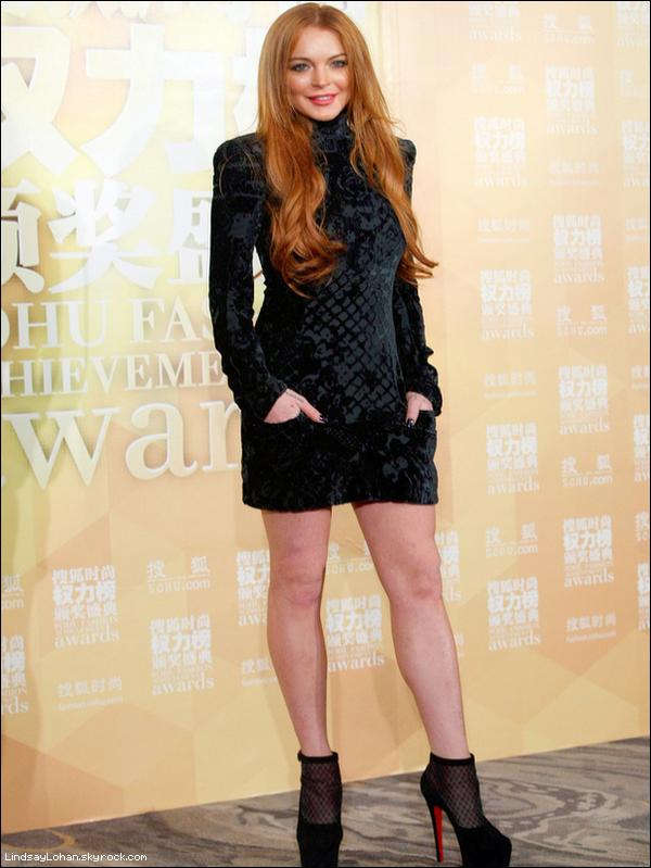 0  Lindsay nous fait un top pour l'événement à Shanghai. Une tenue parfaite. 0