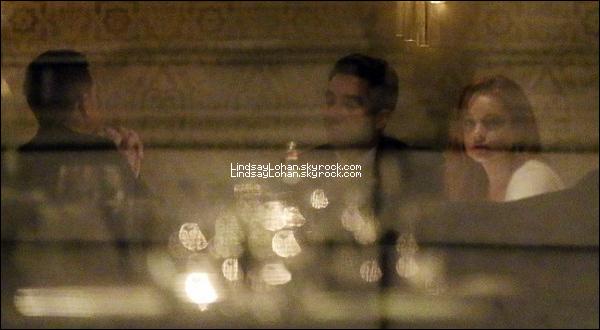 88 14/01/14 - Lilo, toujours à Londres, s'est rendue dans un restaurant accompagnée de son frère.  88