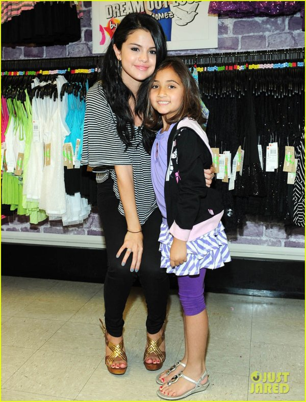 Selena Gomez: Elvis Duran Radio Visit!
