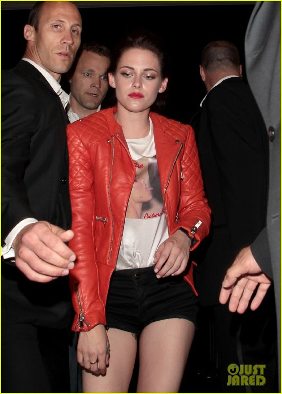 Kristen Stewart & Robert Pattinson: Cannes Festival Couple!