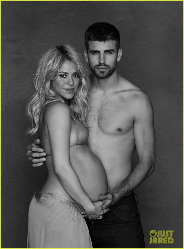 Shakira: Bare Baby Bump with Shirtless Gerard Pique!