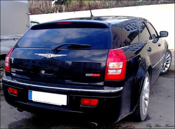 Chrysler 300C Touring SRT
