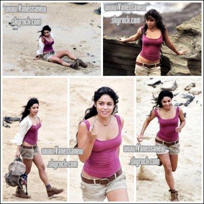 10 et 11 Novembre 2010 : Vanessa sur le Tounage de Journey 2: The mysterious Island Nessa a dû se boucler les cheuveux pour son rôle personelement je les préfère ondulés :$[/size=10px]