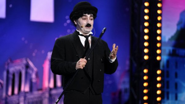 Charlie Chaplin à Incroyable talent !