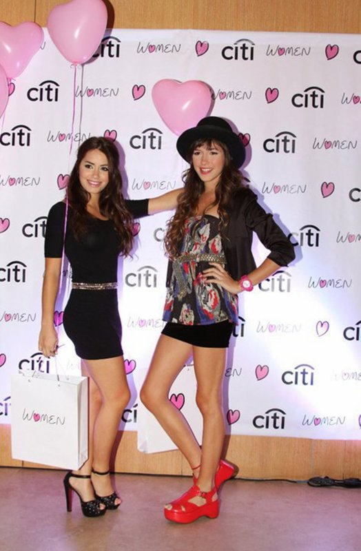 MAriana Esposito et Candela Vetrano était à la présentation de City Women
