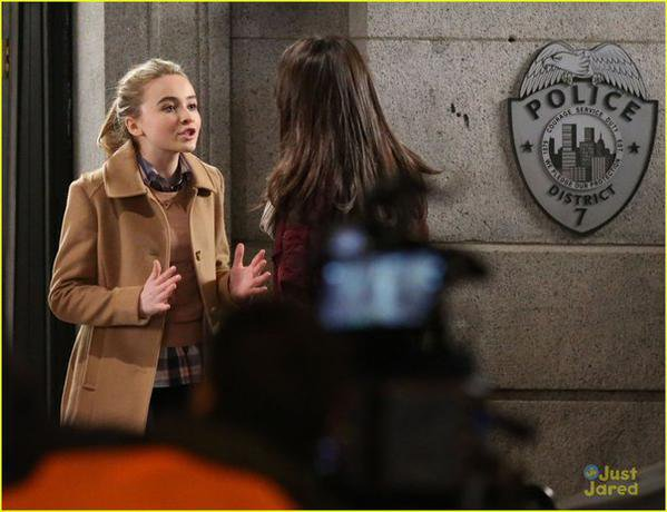 "Sabrina sur le set de ""Further Adventures in Babysitting"""
