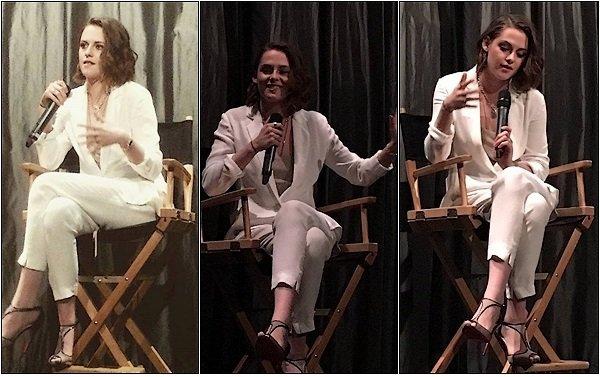-- 03/01/16: Kris a gagné le trophée de la meilleure actrice dans un second rôle pour le film Clouds Of Sils Maria Je trouve que Kristen est sublime, son style est totalement le sien, sa lui va à merveille MAGNIFIQUE top pour moi. Et vous? --