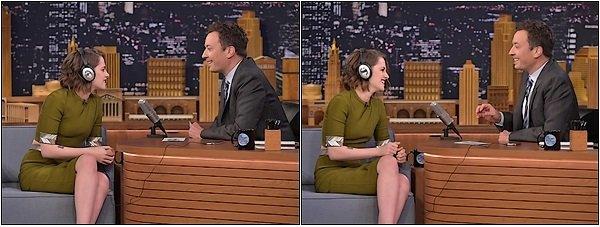 -- 05 Janvier: Kristen au déjeuner annuel de The Film Society Of Lincoln Center à New York  Je ne suis pas totalement fan de son ensemble, niveau makup c'est impec, quand pensez vous? --