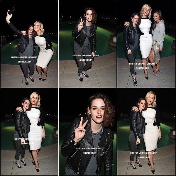 -- 03 Février: Kristen assister au lancement de la Bibliothèque Mode Albright à Los Angeles. --