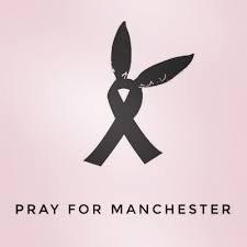Priscilla apporte son soutien aux familles et aux victimes de l'attentat d'hier soir à Manchester lors du concert d'Ariana Grande