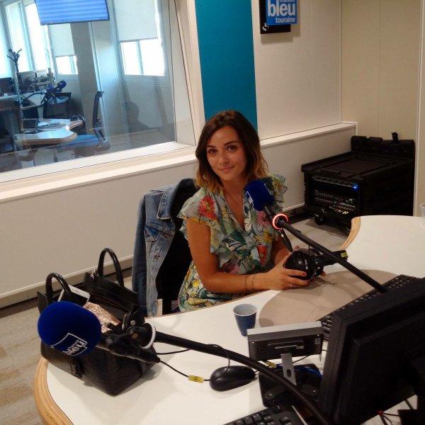 Ce samedi Priscilla fait la promotion de son album sur France Bleu avant de se rendre à la foire de Besançon