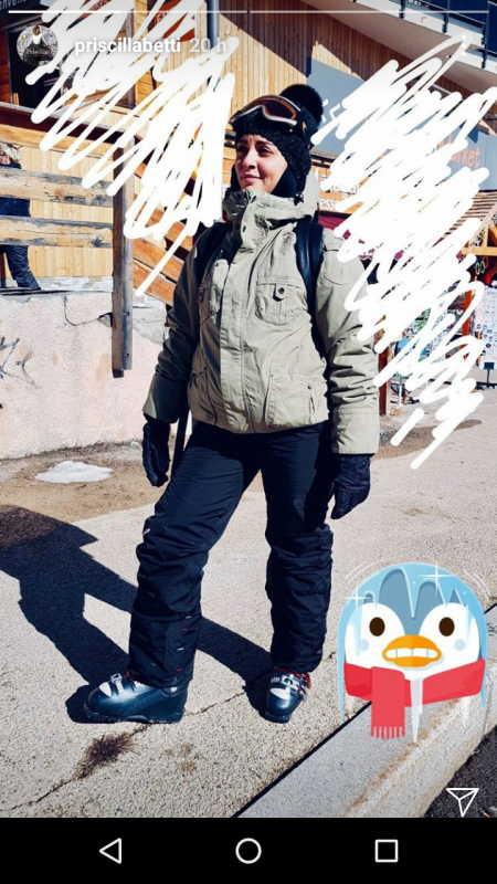 Priscilla est en vacances au ski