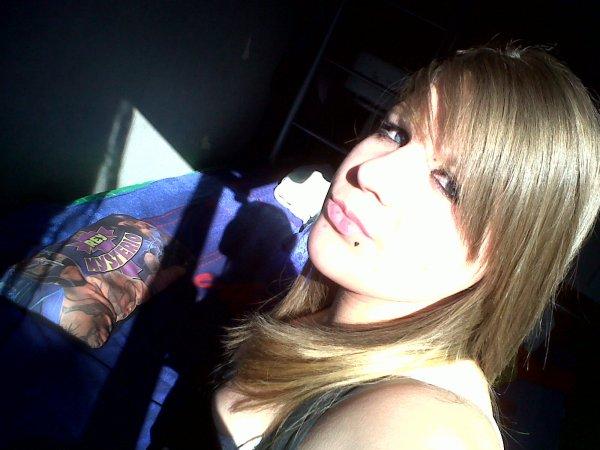 !! Chui née pousiere & je repartire pourisère , le soleil se  laivera en meme temps que la misère :/ !!