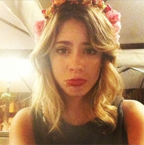 Tini fait la moue !!! Elle est pas mignonne ?