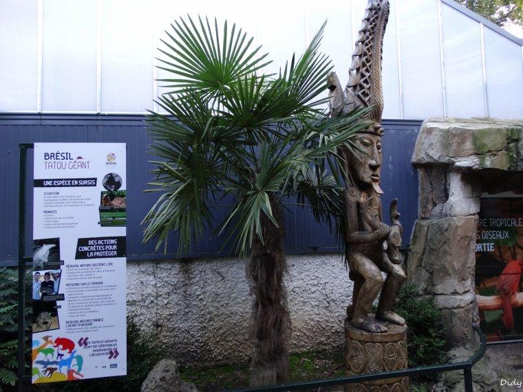 nouveaux panneaux dans les allées de beauval et statues (suite 5)