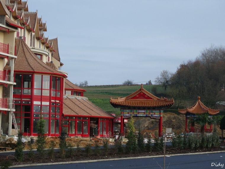 """nouvel hôtel """"les pagodes de Beauval"""" - ouverture le 6 avril 2015 à 600 mètres du zoo"""
