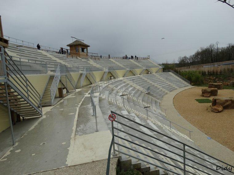 NOUVELLE ZONE 2014 amphithéâtre