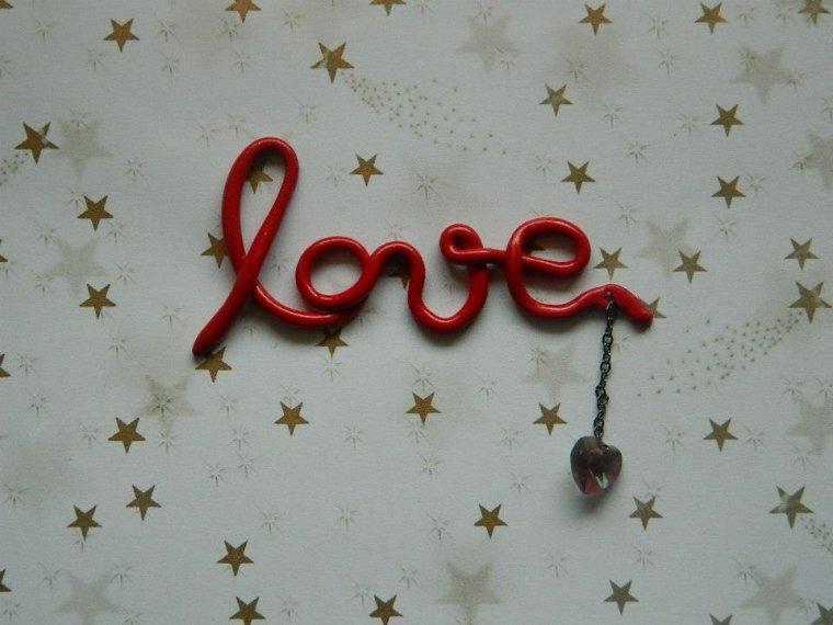 "Pendentif ' Love """