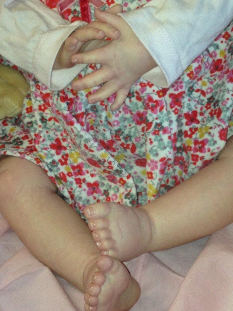 Jade Bebe reborn de 2,100 kg et mesure 52 cm env du kit honey de donna Rubert adoptée