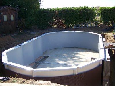 blog de pameta01 page 2 enterrer piscine hors sol. Black Bedroom Furniture Sets. Home Design Ideas