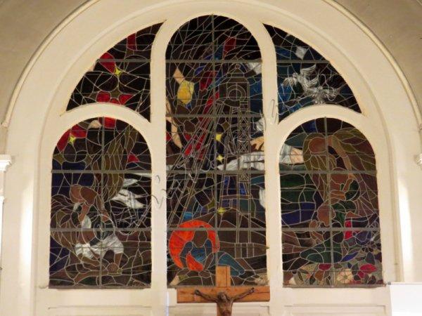 592 - le choeur de l'église
