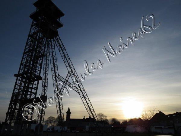 597 - chevalet du puits 3 bis des anciennes Mines de Lens, sis à lievin -