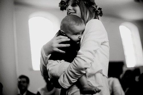 « Je suis la fille d'une guerrière, donc dépose une couronne de diamants sur la tête de ma mère. ♥ » - Diam's La tête de ma mère -