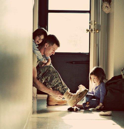 « Les enfants cessent d'être des enfants au contact de la maladie et de la mort. ♥ » - Espido Freire -