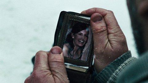 « J'ai toujours une photo de ma femme et mes gosses dans mon porte-feuille. Ils sont là pour me rappeler pourquoi j'ai pas une thune dedans.. ♥ »
