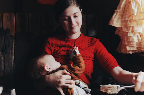 « Toutes les mères de l'univers ont donné naissance à un enfant. Excepté pour moi. Elle a donné naissance à une légende. Merci Maman. ♥ »