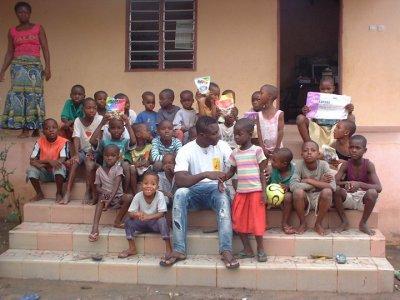 cette association est la recherche des volontaires pour son chantier déte en 2011.il existe plusieurs chantier. pour plus d'info.www.assovolontariat-togo.org