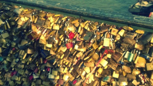 Le pont des amoureux ..
