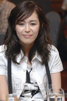 Lee Ha Na - parler impeu de tous