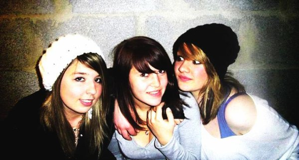 Moi , Camille et Cassandra !