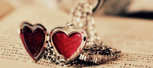 Chaque personne qu'on s'autorise à aimer, est quelqu'un qu'on prend le risque de perdre.