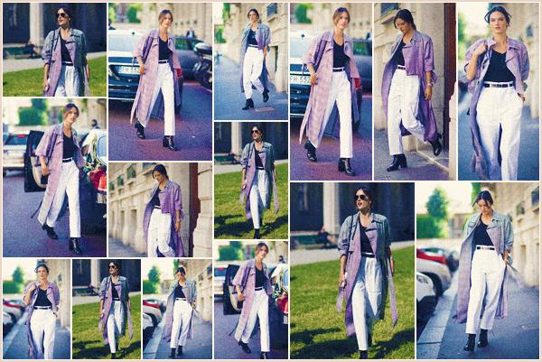 -─ 20/09/17-' : Alessandra Ambrosio à été photographiée dans les rues de « Milan » la ville ▬ d'Italie au nord du pays !  Encore une sortie pour notre mannequin dans la ville d'Italie, beaucoup de sortie pour notre plus grand plaisir. Niveau tenue je la trouve classe un TOP.