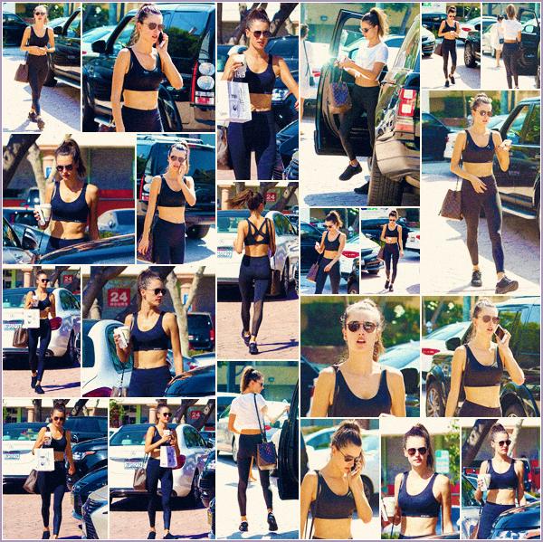 -─ 14/10/17-' : Alessandra Ambrosio à été photographiée en train de ce rendre à son cours de sport dans « Los Angeles »  C'est un look totalement black pour notre maman c'est pour moi tout de même un TOP pour la tenue de sport, donne toi aussi ton avis en commentaire !