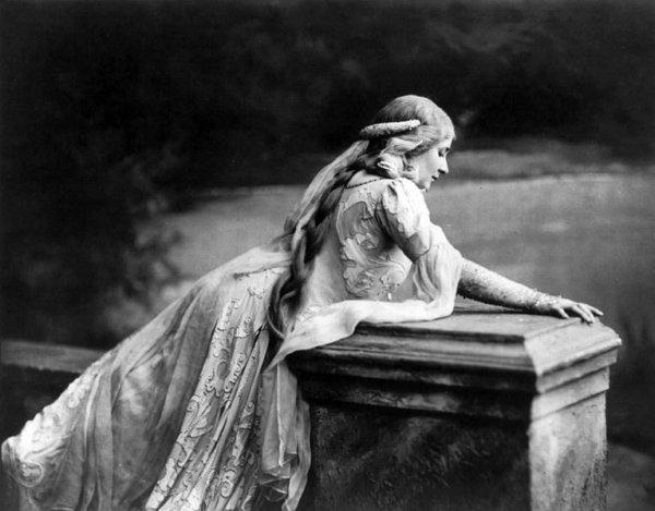 Mary  GARDEN , créatrice du rôle de melisande en 1902 à l' Opéra Comique