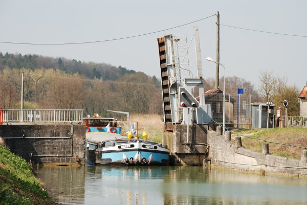 Canal entre Champagne et Bourgogne (5)