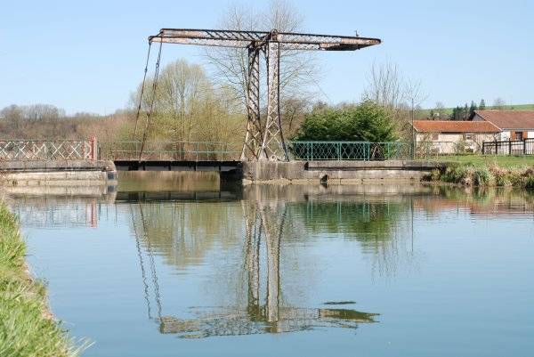 Canal entre Champagne et Bourgogne (4)
